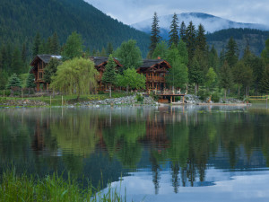 """Big Idaho"" Exquisite Log Estate"